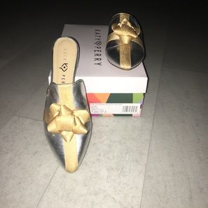 Katy Perry The Stephanie Silver Metallic Bow Shoes